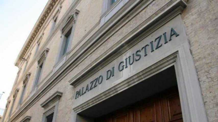 Ancona, baby prostitute per volere dei genitori