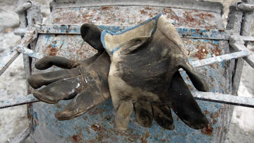 guanti di un operaio