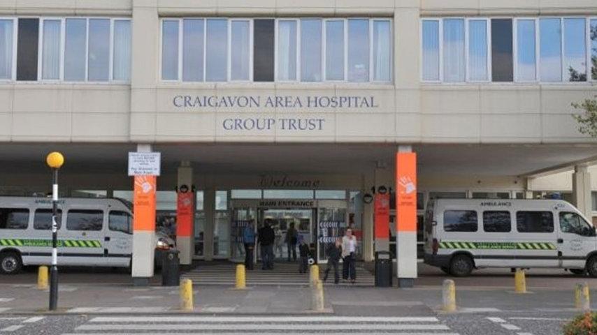Una foto del Craigavon Area Hospital dove è stato trasportato d'urgenza il giovane. Fonte: mdeinstallations.com