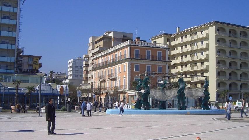 riccione piazzale roma