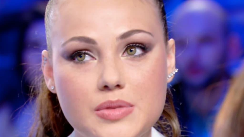 """Adua del Vesco e l'anoressia: """"Forse in quel momento ..."""
