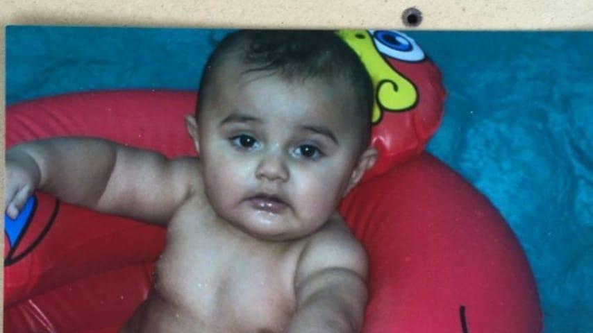 Baden Bond, foto di bebè.