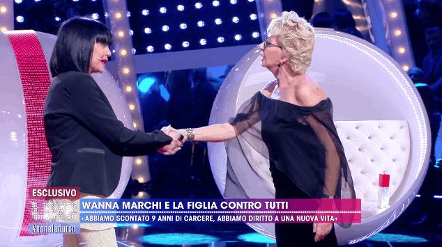 Enrica Bonaccorti e Stefania Nobile dalla D'Urso