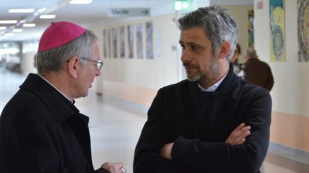 Il vescovo di Padova concede il perdono a don Cavazzana