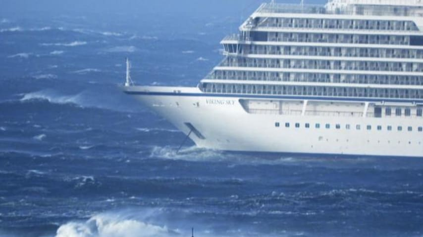 La Viking Sky alla deriva al largo delle coste della Norvegia. Credits ANSA