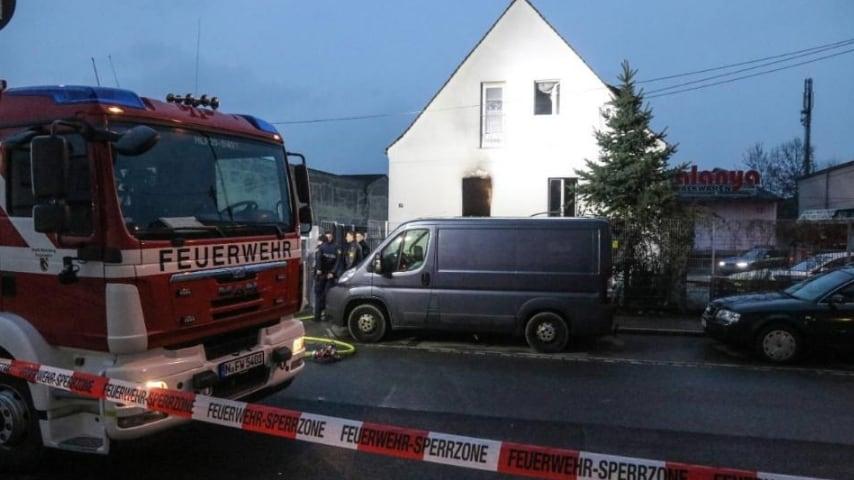 La casa in cui è divampato l'incendio. Credits_ Bild De