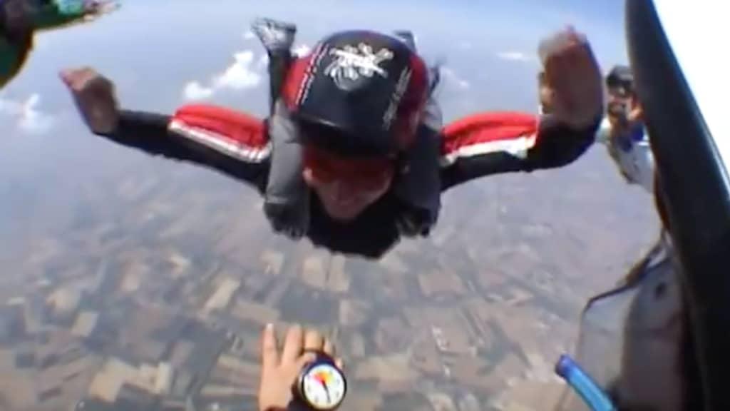 Laura Rampini è la prima (e unica) donna paracadutista paraplegica