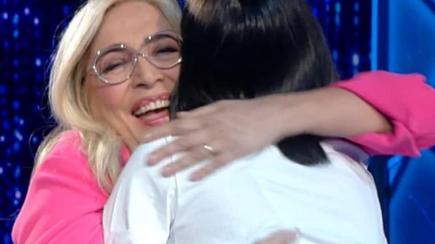 L'abbraccio tra Mara Venier e Rocio