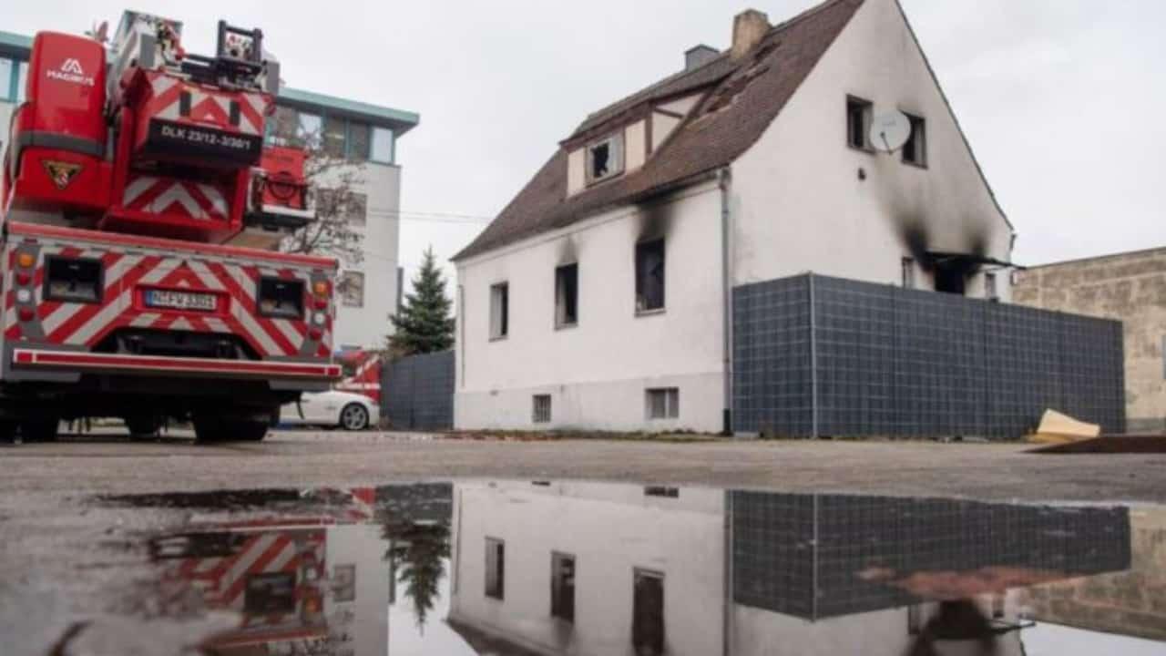 Morti 4 bambini in un incendio nella notte