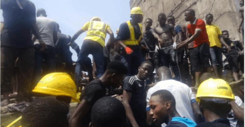 Foto dei soccorsi in atto in Nigeria