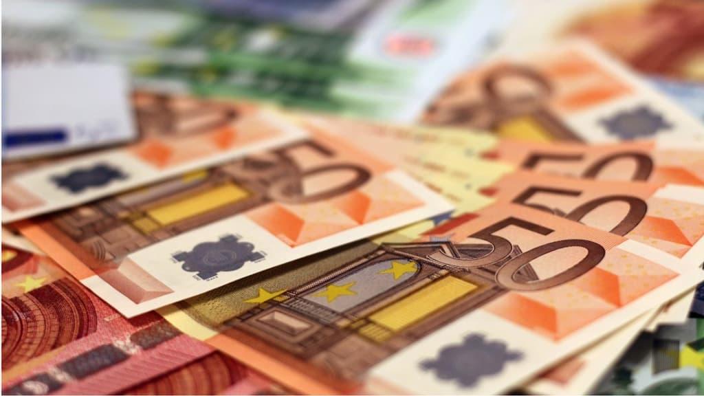 Banconote da 50 e 100 euro