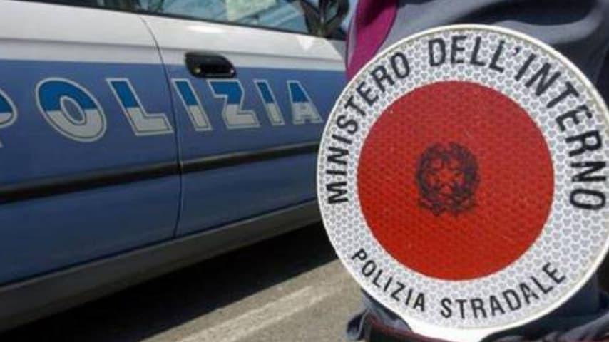 Sul luogo è intervenuta la polizia stradale di Macerata. Immagine di repertorio_ansa