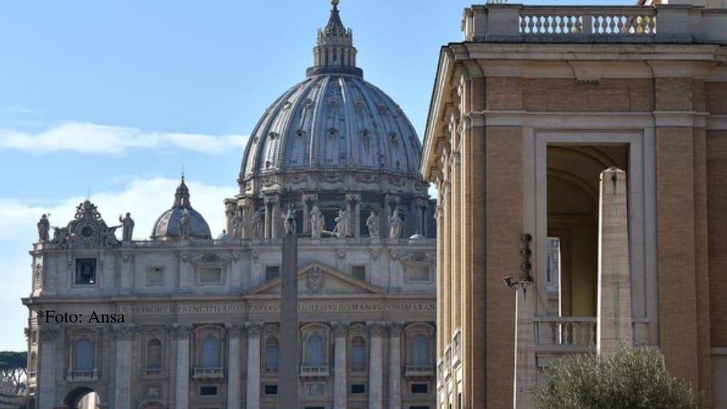 La Chiesa deve pagare risarcimento alle vittime di pedofilia