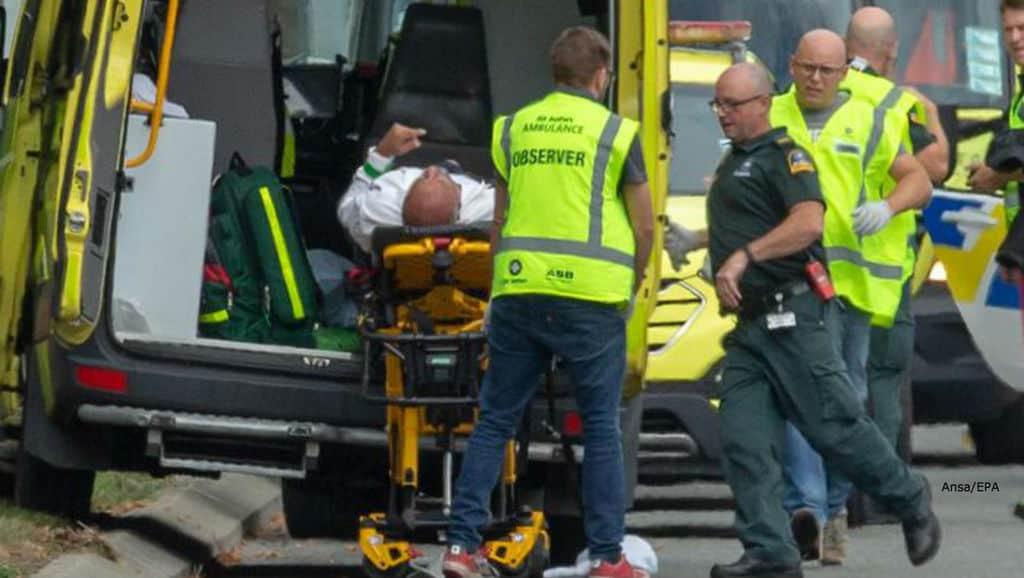 Sparatoria in due moschee: è strage in Nuova Zelanda