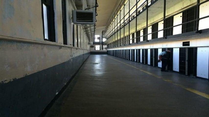 corridoio di una prigione