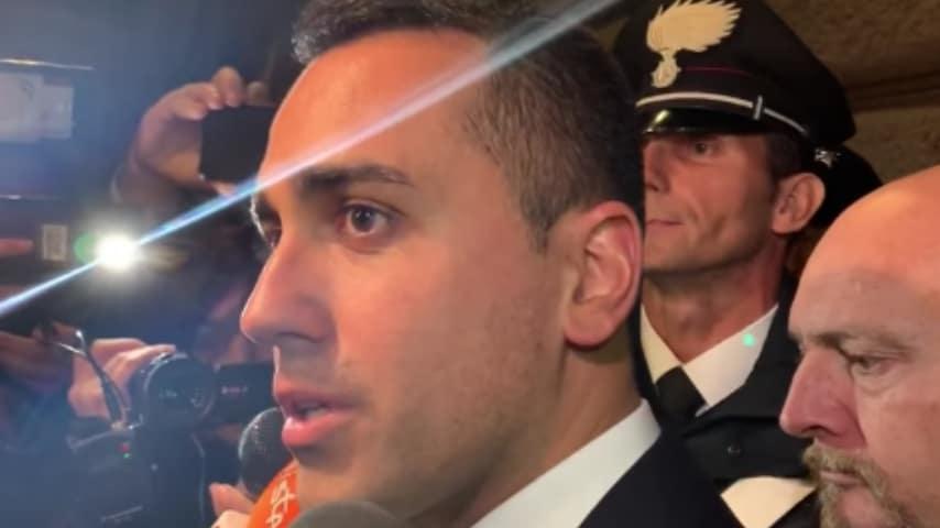 """Luigi Di Maio: """"Minacciare di far cadere il governo come dice il ministro Salvini è da irresponsabili"""". Fonte: Facebook"""