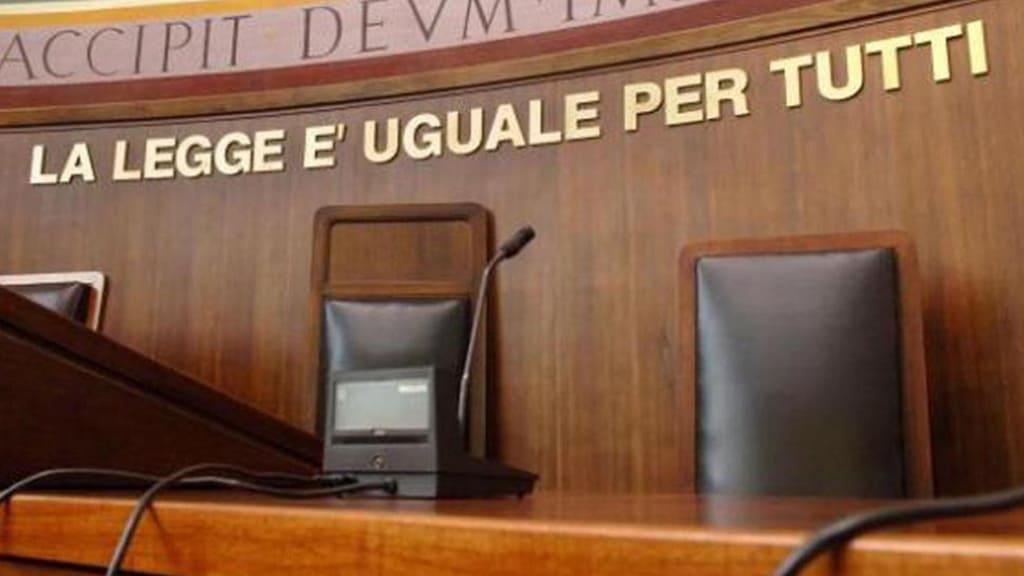 Uccide la moglie, lo condannano a 16 anni perché lei lo aveva illuso: il giudice spiega la sentenza