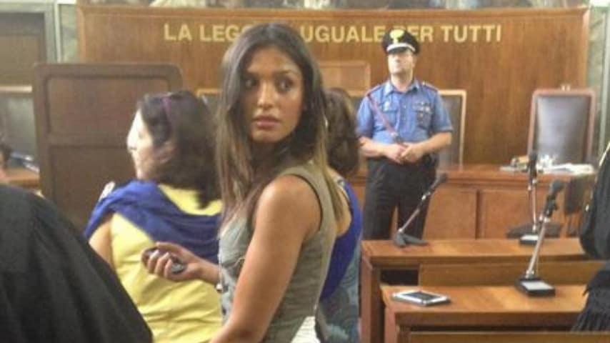 imane fadil a mezzo busto in aula di tribunale