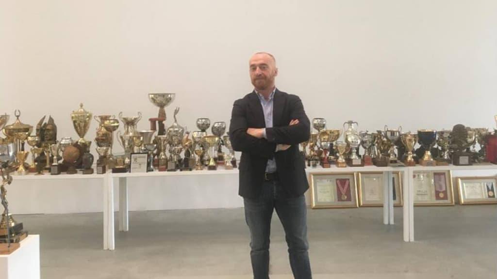 Jury Chechi mette all'asta i suoi trofei per salvare la palestra Etruria