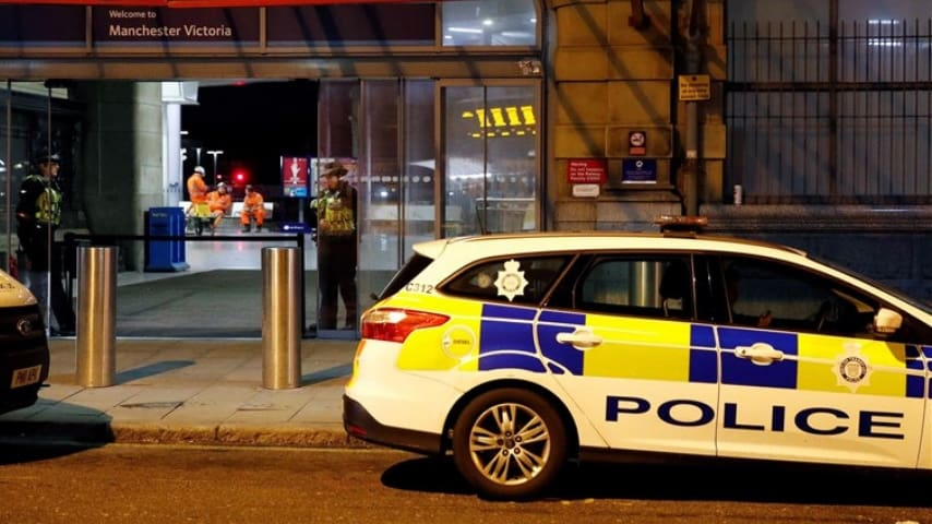 Una ragazza italiana di 26 anni è stata trovata cadavere nel suo appartamento a Manchester