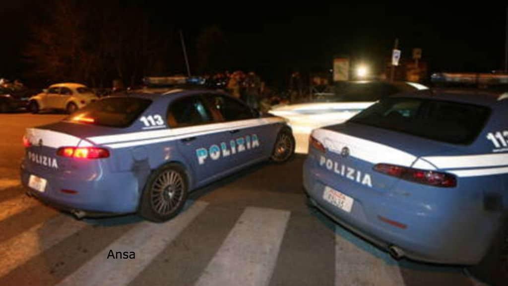 polizia dopo la violenza al parco del valentino