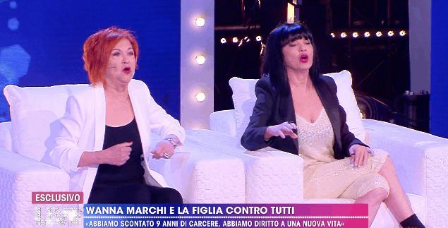 Wanna Marchi e Stefania Nobile in trasmissione da Barbara D'Urso
