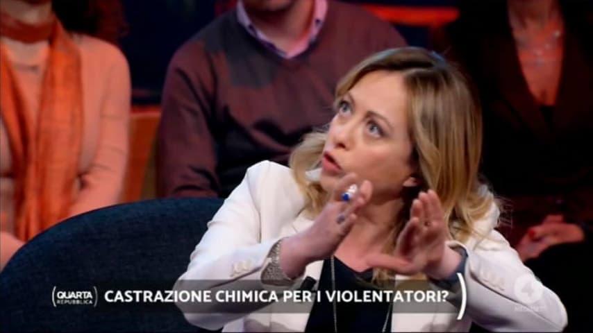 Giorgia Meloni ospite del programma condotto da Nicola Porro. Immagine: Quarta Repubblica/Facebook