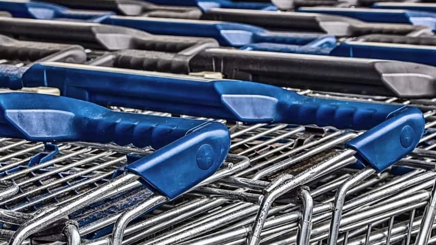 Gli oggetti più sporchi che si usano quotidianamente carrello della spesa