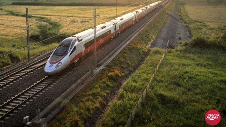 I passeggeri hanno raggiunto Milano Centrale e da lì sono arrivati a Napoli con un altro Frecciarossa. Immagine: Frecciarossa/Facebook