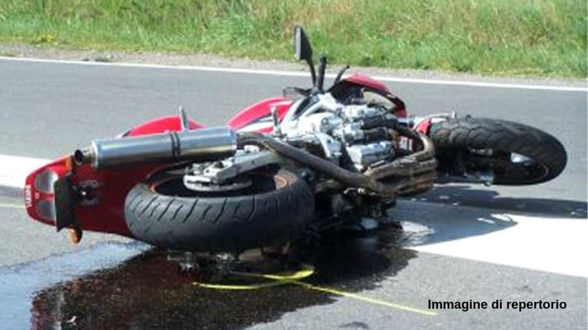 Incidente stradale in moto (Immagine di repertorio)