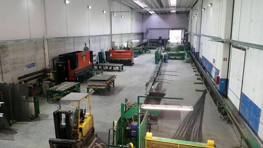 La fabbrica nella nuova sede di Acerra. Fonte: Screensud Società Cooperativa p.a./Facebook