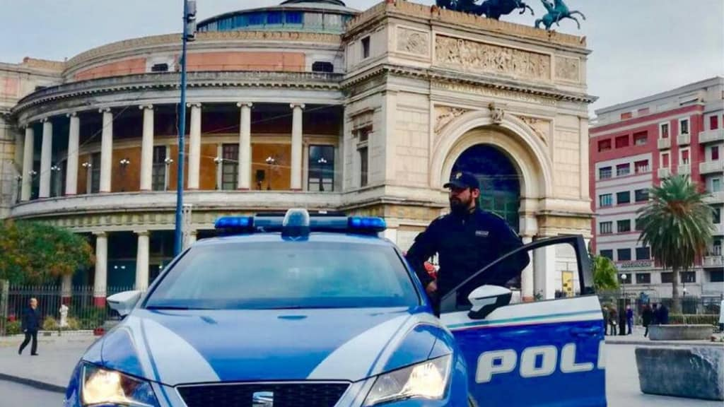 Palermo, violenza su una ragazza disabile in un parcheggio sotterraneo