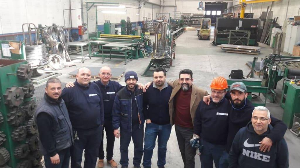 Napoli, operai salvano la fabbrica con il Tfr, ora fatturano 2 milioni all'anno