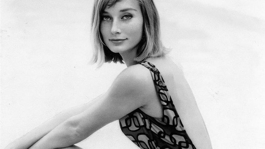 Tania Mallet in una foto del 1961. Fonte: Tania Mallet Fanpage/Facebook