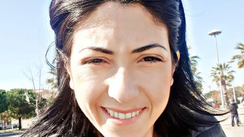 Veronica Costantini era una donna forte, solare, in tutte le foto appare sempre sorridente, e amava la sua famiglia. Immagine: Veronica Costantini/Facebook