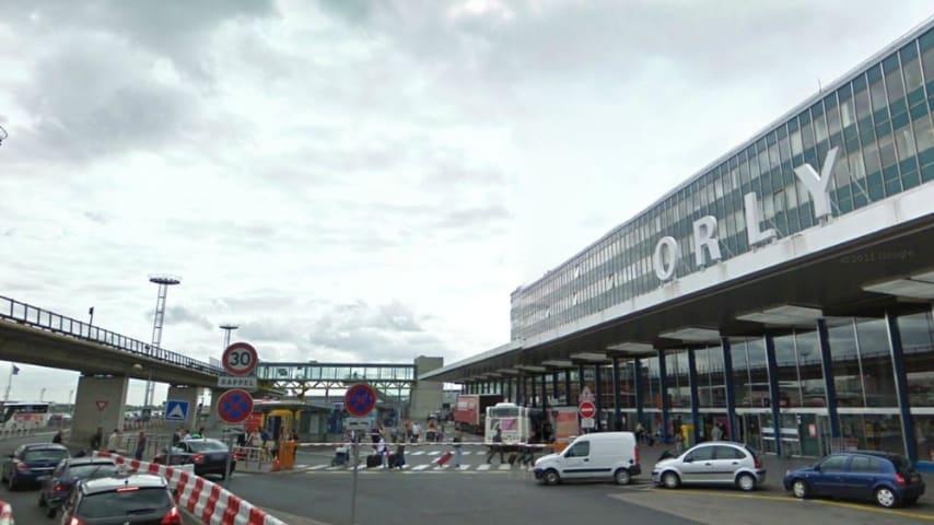 Facciata dell'aeroporto di Orly in Francia