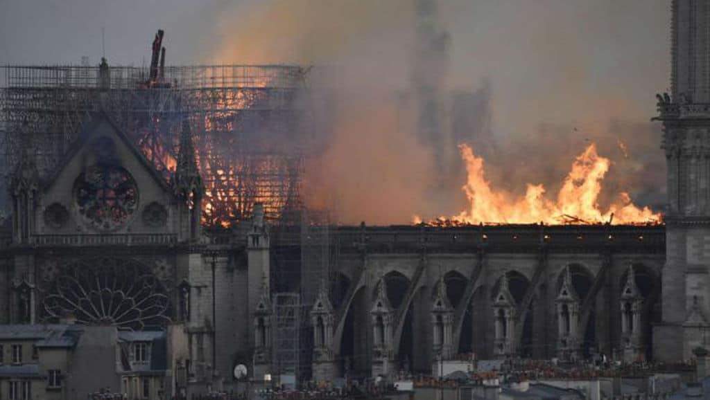 Notre-Dame a fuoco