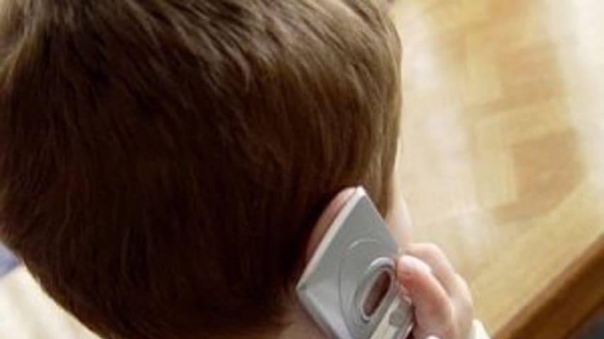 Torino, bambino di 12 anni denuncia il apdre violento: stava picchiando sua madre