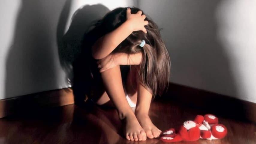 Di ritorno da un rave ha stuprato la figlia e le ha trasmesso il papilloma virus