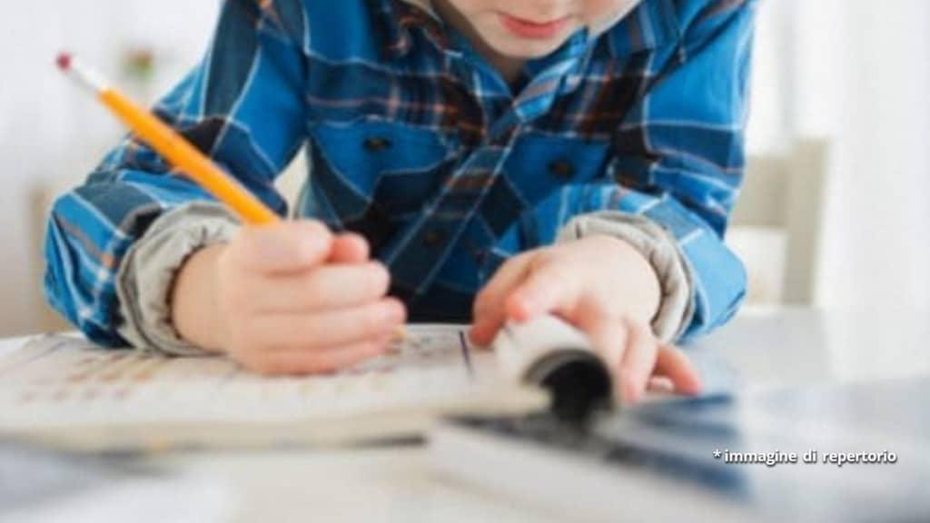 bimbo scrive una lettera