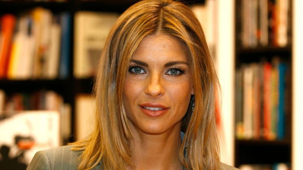 Martina Colombari ha odiato la sua bellezza