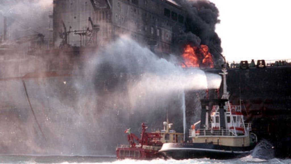 disastro moby prince: incendio sulla nave