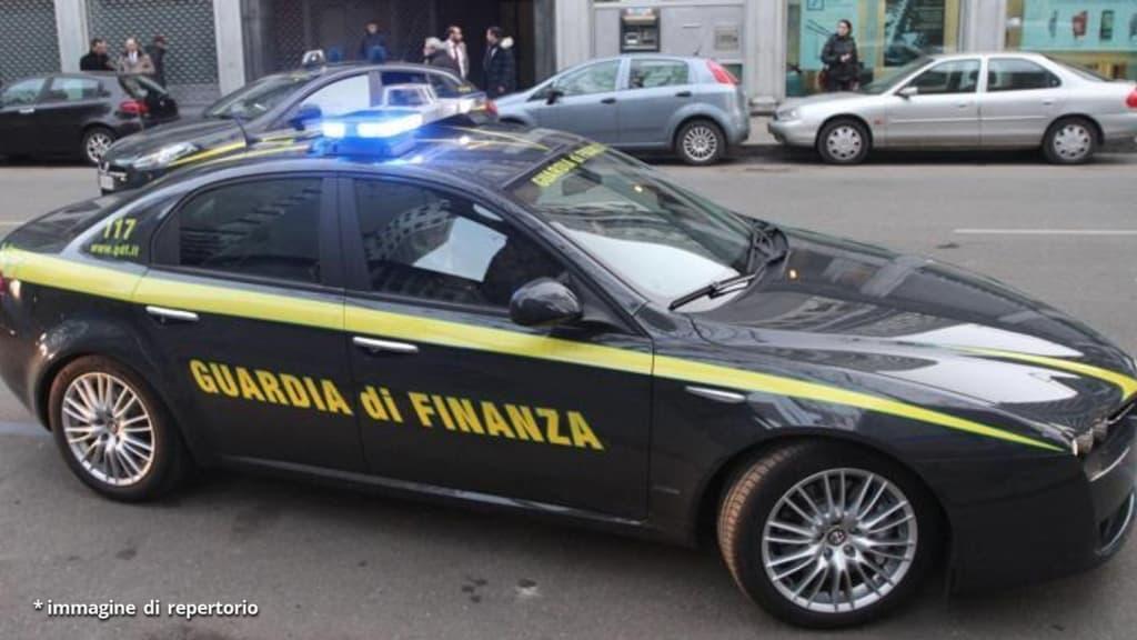 Torino: Fiamme Gialle seuqestrano mezzo chilo idi shaboo, la droga dei kamikaze
