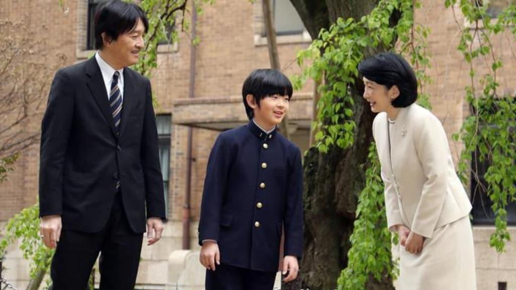 il principe hisaito e i suoi genitori