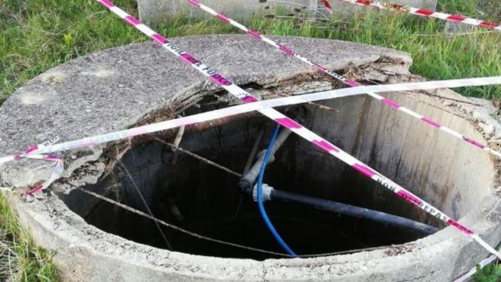 Livorno, bimba cade in cisterna piena d'acqua