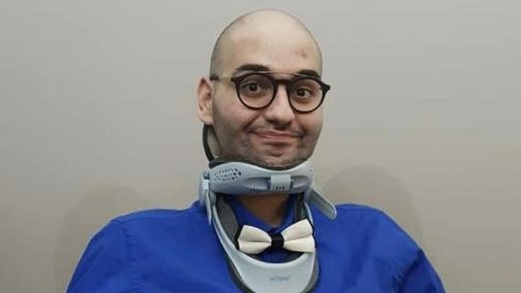 Paolo Palumbo con gli occhiali e la maschera sorride