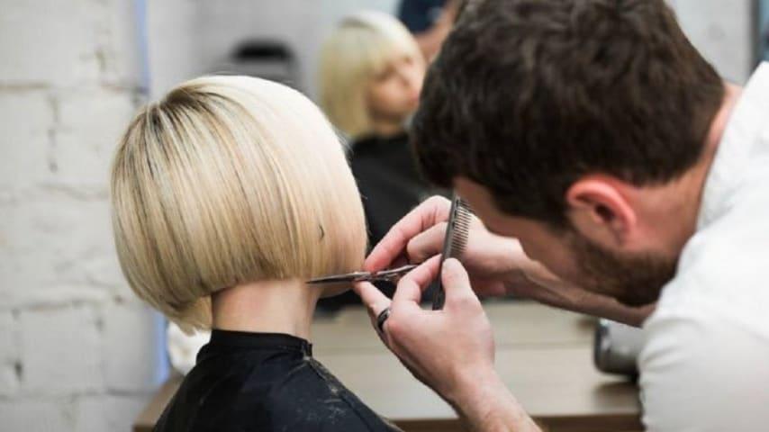 taglio di capelli Immagine di repertorio