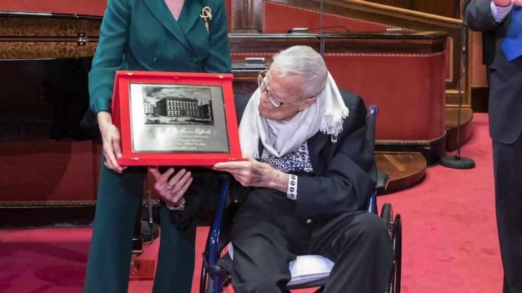 Zeffirelli riceve premio alla carriera