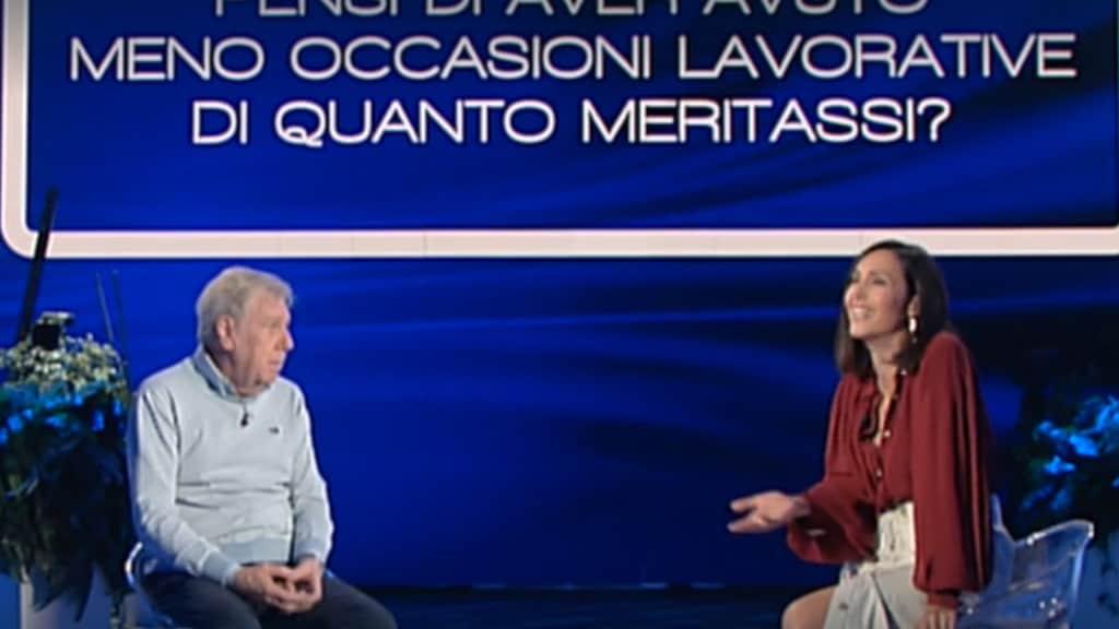 Caterina Balivo pone la fatidica domanda a Claudio Lippi, che ne approfitta per fare polemica