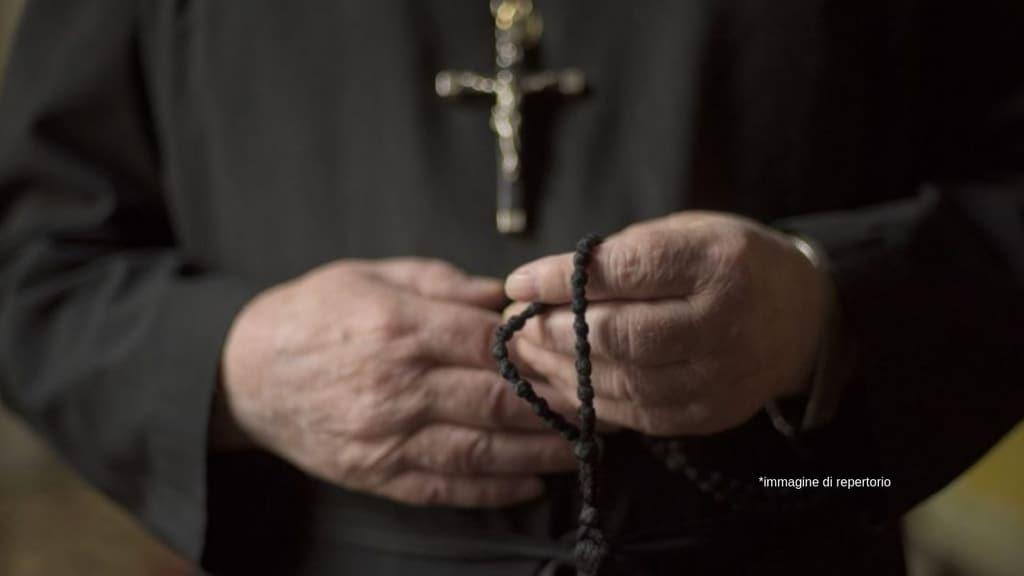 Foggia, ex prete condannato a 20 anni di carcere per abusi su minori